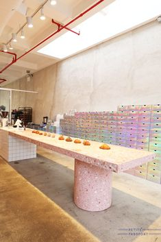 If you have a thing for doughnuts, you will love Supermoon Bakehouse in New York. Australian chef Ry Stephen opened his second bakehouse. Cafe Shop Design, Store Design, Cafe Bistro, Cafe Bar, Commercial Design, Commercial Interiors, Restaurant Design, Restaurant Bar, Bakery Kitchen