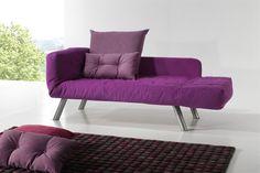 Este sofá tiene 3 posiciones, esta posición divan es muy cómoda a la par que elegante.