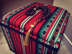 Ottoman from the Sadu fabric.