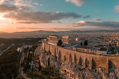 Athens highlights - 2 days itinerary: a city with a rich history, large urban squares, wonderful panoramic views, narrow cozy streets and sandy beaches. Cool Landscapes, Beautiful Landscapes, Landscape Paintings, Landscape Pictures, Traditional Landscape, Contemporary Landscape, Green Landscape, Landscape Mode, Landscape Fabric