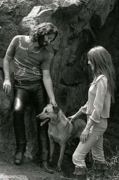 Jim Morrison and girlfriend Pamela Courson in Hollywood's Bronson Canyon Blues Rock, Music Love, Rock Music, Pamela Courson, Rock N Roll, Ray Manzarek, Jim Morison, Jim Pam, The Doors Jim Morrison