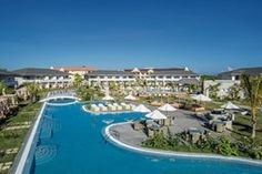 Enjoy the Royal Service at Paradisus Princesa del Mar Travel Around The World, Around The Worlds, Cuba Travel, Work Travel, Travel Bag, Vacation Packages, Resort Spa, North America, Caribbean