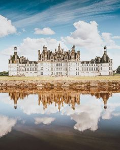 20 of the Most Beautiful Fairytale Castles in the World | Beautiful castles, Castle, Germany castles