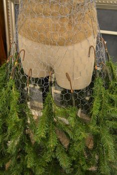 Dress Form Christmas Tree Tutorial..this would be great to add at the bottom of a snowman/woman'
