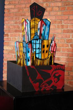 This would be a nice cake for a bar mitzvah in NYC or with a NYC-theme! #barmitzvahideas