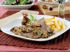 Escalopines de ternera con jugo de setas : un plato ¡realmente delicioso! :-P Beef, Food, Arrows, Veal Scallopini, Dishes, Juices, Meat, Essen, Meals