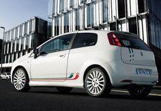 Grande Punto 3 doors Fiat new - http://autotras.com
