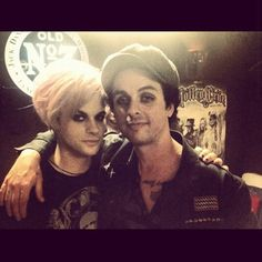 Tommy Joe Ratliff and Billie Joe Armstrong in one pic is pure perfection