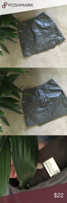 🌚 NEW LISTING Olive Leather Mini Skirt Faux leather mini skirt with asymmetrical hem and gold zipper back. Extremely cute on, perfect for summer. I discount ALL bundles, offer FREE items with larger purchases, always open to offers and feel free to ask any questions! ✨🌜Closet closing May 25th! Skirts Mini