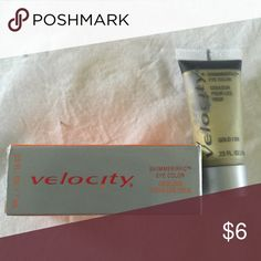 Mary Kay Velocity Shimmerific Eye Color in Gold Color: gold. New unused in package (packaging shows some wear and tear from being stored and moved). Mary Kay Makeup Eyeshadow