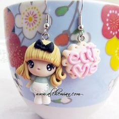 Alice in Wonderland pendientes
