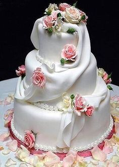 Winter Wedding Cake Beautifully molded roses and very delicate draping. Elegant Cakes, Unique Cakes, Creative Cakes, Fancy Cakes, Cute Cakes, Pretty Cakes, Amazing Wedding Cakes, Amazing Cakes, Cake Wedding