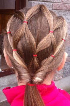 I use to do emmas hair like this, I need to get back to doing her hair all nice and shit lost my touch