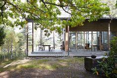 DELIN ARKITEKTKONTOR Compact Living, Scandinavian Home, Modernism, Prefab, Small Apartments, Architecture Details, Tiny House, Gazebo, Villa