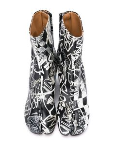 Shop black Maison Margiela graphic print 80mm Tabi ankle boots with Express Delivery - Farfetch Graffiti Prints, Graphic Prints, Ankle Boots, Women Wear, Pajama Pants, Rompers, Boutique, Delivery, Fashion Design