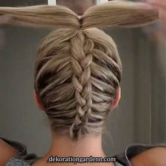 37 Cute French Braid Hairstyles for 2019 - Style My Hairs French Braid Hairstyles, Dance Hairstyles, Box Braids Hairstyles, Cool Hairstyles, Volleyball Hairstyles, Cute Cheer Hairstyles, Plats Hairstyles, Gymnastics Hairstyles, Unique Braided Hairstyles