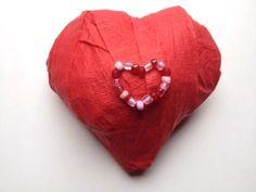 valentine's day surprise ball – I love surprise balls! valentine's day surprise ball – I love surprise balls! Valentines Surprise, Valentine Day Crafts, Diy For Kids, Crafts For Kids, Kindergarten Crafts, Saint Valentine, Crepe Paper, Diy Party, Pretty Little