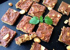Lindas sukkerfrie Snickers-kake - X-life Blogg Raw Food Recipes, Steak, Sweets, Vegan, Baking, Healthy, Desserts, Life, Blogging