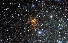 Lehti: Suurin tunnettu tähti hajoamassa ja räjähtämässä supernovaksi