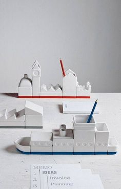 Concrete ship desk organizer