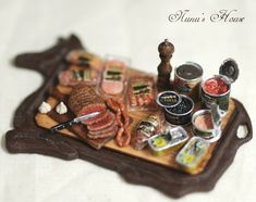 More incredible miniatures from Nunu's House Re-pinned from It's a Small World After All by Tracee Loren