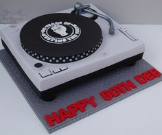 Northern soul turntable cake - by Deb Williams Cakes