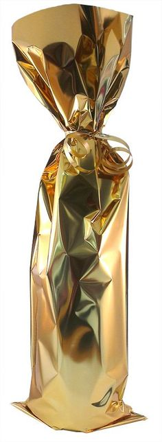 Cadeauverpakking champagne goudkleurig folie #champagne #goud #cadeauverpakking