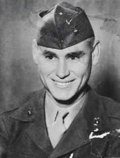 George Jones, Country/Western singer, served in the U. Marine Corps during the Korean War. George Jones, Country Music Artists, Country Music Stars, Country Singers, Country Musicians, Us Marine Corps, Gi Joe, Famous Men, Famous People