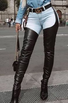 Crotch Boots, Sexy Legs And Heels, Black Heels, Cowgirl Jeans, Beige Boots, Thigh High Boots Heels, Long Boots, Girls Jeans, Leather Fashion