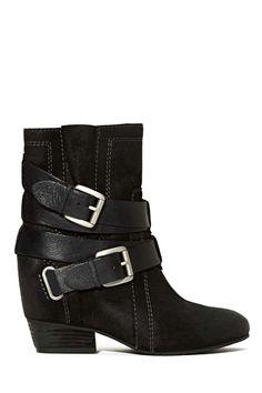 Naya Rough and Tumble Boot