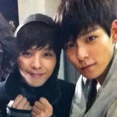 GDragon and TOP @ Secret Big Bang set