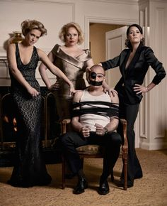 #CriminalMinds: Paget Brewster and AJ Cook play sexy photo spy game with Kirsten Vangsness