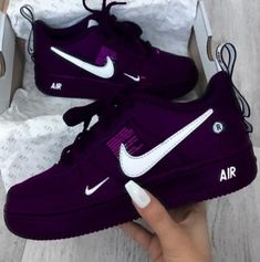 Schuhe Schuhe The post Schuhe appeared first on Nike Schuhe. Source by garlandspates Schuhe Nike Air, Purple Sneakers, Purple Tennis Shoes, Purple Nikes, Purple Nike Shoes, Purple Trainers, Black Shoes Sneakers, Hype Shoes, Fresh Shoes