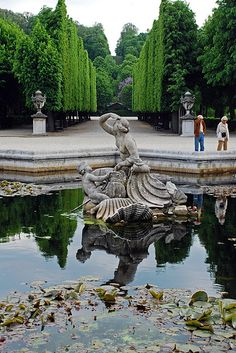 Sights in Vienna: Schönbrunn gardens.  One of the most beautiful places!!