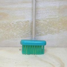 The 7 Reasons Why You Need Furniture For Your Barbie Dolls miniature broom - Repurpose toothbrush into broom -how original Diy Barbie Furniture, Fairy Furniture, Miniature Furniture, Diy Dollhouse Furniture Easy, Repurposed Furniture, Furniture Ideas, Miniature Crafts, Miniature Dolls, Diy Dollhouse Miniatures