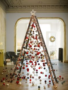 Ladder Christmas Tree is very fun and you can decorate it with your imagination. Although lots people love a traditional tree,they may also like Ladder Christmas Tree. You can save … Ladder Christmas Tree, Unusual Christmas Trees, Alternative Christmas Tree, Christmas Balls, Xmas Tree, Christmas Holidays, Christmas Crafts, Christmas Ornaments, Christmas Ideas