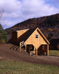 """A """"bank barn"""" that actually has two full stories due to the large dormer off the back. Add On Garage, Boat Garage, Pole Barn Garage, Pole Barn Homes, Rv Garage, Garage Ideas, Horse Barns, Old Barns, Horses"""