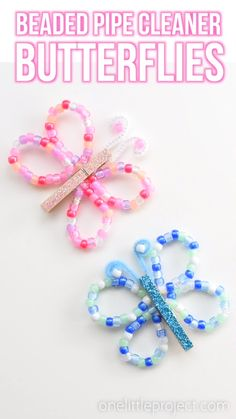These beaded pipe cleaner butterflies are SO PRETTY and they& really easy to make! This is a great kids craft for spring or summer! Using pipe cleaners, pony beads and clothespins you can make beautiful butterflies in different colours! Diy Crafts For Girls, Spring Crafts For Kids, Fun Diy Crafts, Preschool Crafts, Art For Kids, Simple Crafts, Crafts With Kids, Wood Crafts, Bug Crafts