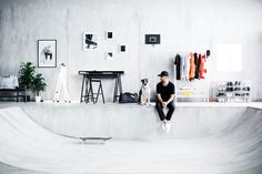 SPÄNST is the latest furniture collaboration between streetwear label STAMPD and IKEA. Fintorp, Mini Ramp, Ikea New, Form Design, Web Design, Stamp, Furniture Plans, Urban Furniture, Furniture Assembly