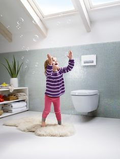 When creating the perfect modern #kidfriendly #bathroom, an in-wall toilet system creates a sleeker look. We love this one from @geberitus that can be easily installed during renovations in most standard drywall.