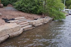 For this job in Wayne, NJ on Pines Lake, Braen Supply, Inc. provided the Kearney stone bulkhead and steps.