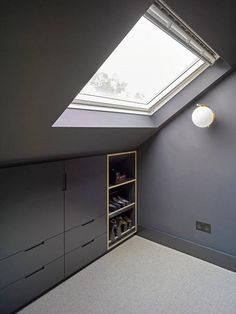 Well Lane Home by Mulroy Architects Traditional single family house located in London, UK, redesigned by Mulroy Architects. Attic Bedroom Closets, Attic Bedroom Storage, Bedroom Built Ins, Attic Bedroom Designs, Attic Design, Bedroom Loft, Eaves Bedroom, Master Suite Bedroom, Bathroom Closet