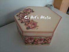 Caixa Sextavada, decoupage com rosas, em tom de Rosê R$35,00