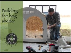 Mobile hog shelter,