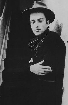 mammothhallcommon:  Because Joe. 1952-2002 Last post of the night has to be Joe Strummer. RIP.