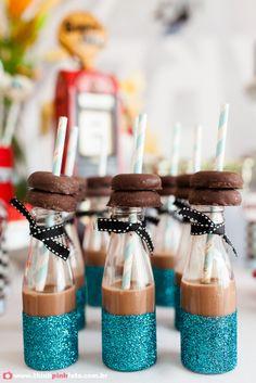 Adriana Gaspar e Marcela Castro Milk Cookies, Favors, Table Decorations, Party, Scrap, Ideas, Drag Race Cars, Ideas Para Fiestas, Kids Part