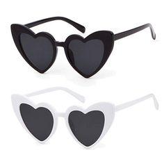 70c82e931ac Amazon.com  Heart Sunglasse Vintage Retro Cat Eye Oversized Sunglasses   Clothing