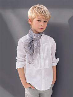 chemise col mao...friggin adorable. Love the hair for Lily, too.