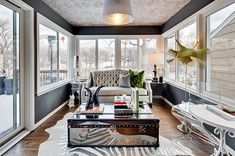 Sunroom Furniture To Match Your Sunroom Design Style: Reinvent The Traditional Notion Of A Seasonal Room Luxury Home Decor, Luxury Homes, Room Color Design, Mirrored Coffee Tables, Mirrored Table, Mirrored Furniture, Leather Furniture, Modern Furniture, Sunroom Decorating