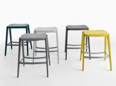 Wooden stool Mixis Collection by Crassevig   design Mario Ferrarini